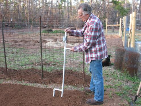 Build A Hand Held Corn And Bean Planter Sensible Survival