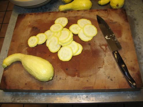 02 sliced squash