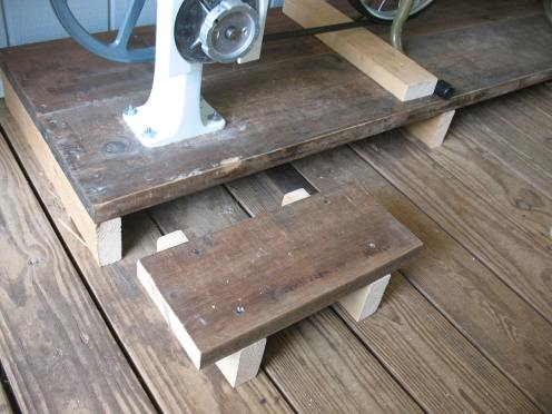 17 movable shelf