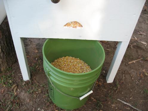 03 corn bucket