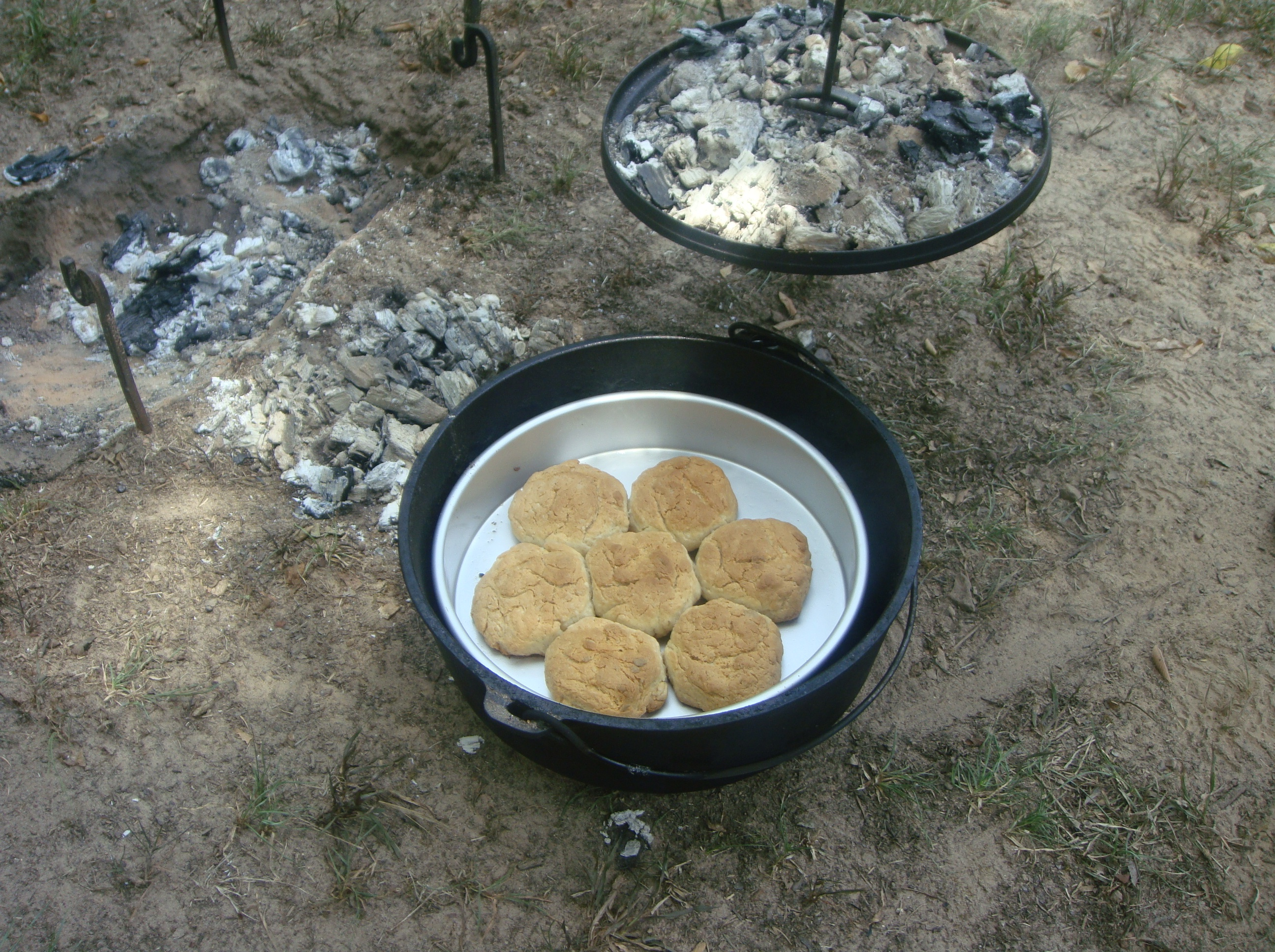 Make Dutch Oven Biscuits Sensible Survival